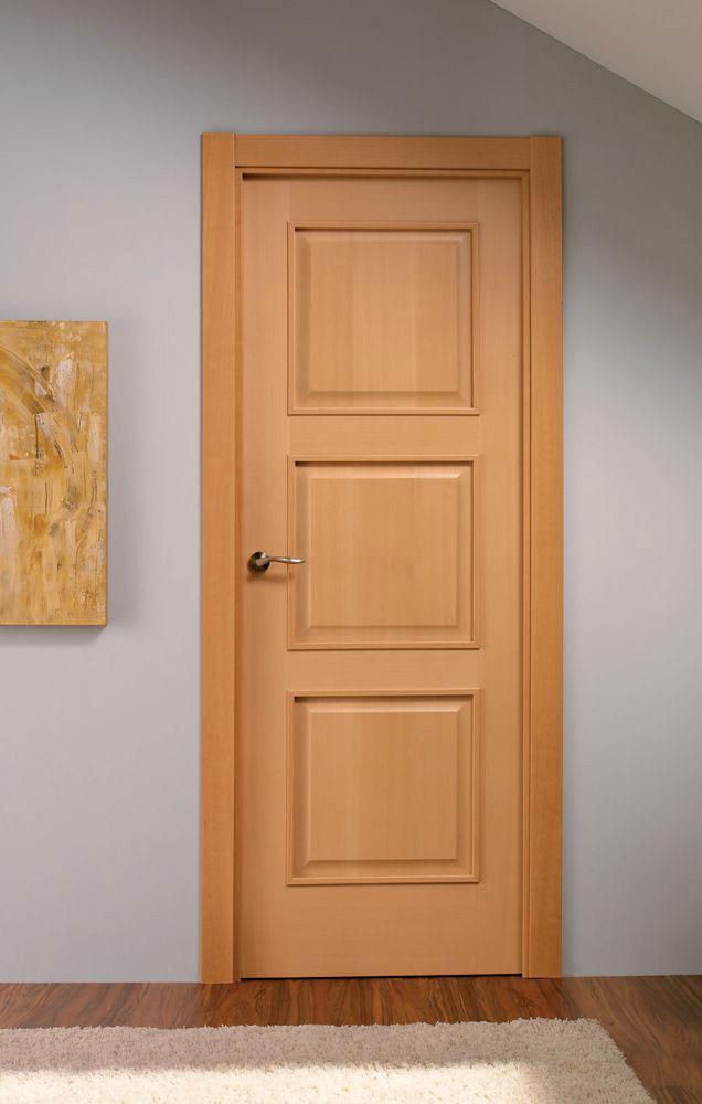 Adora 3 panel door Maple