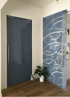 sliding glass doors - colour glass avio blue