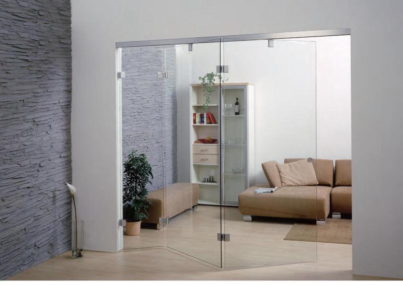 Faltus frameless glass folding doors