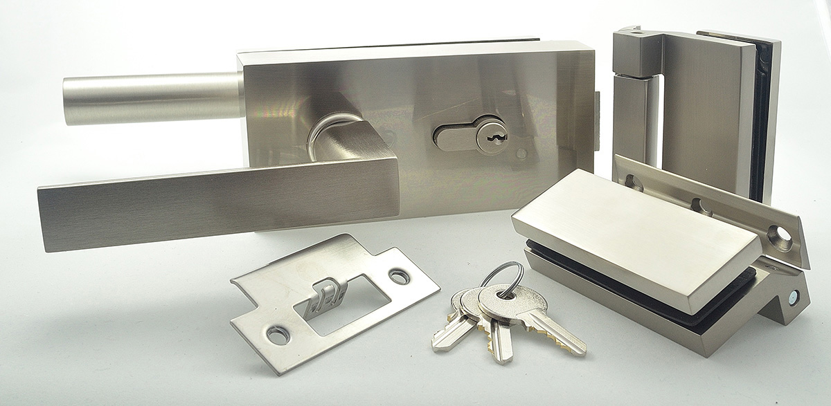example key locking set for glass door