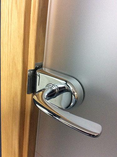 glass door latch/lock fits into standard frame rebate