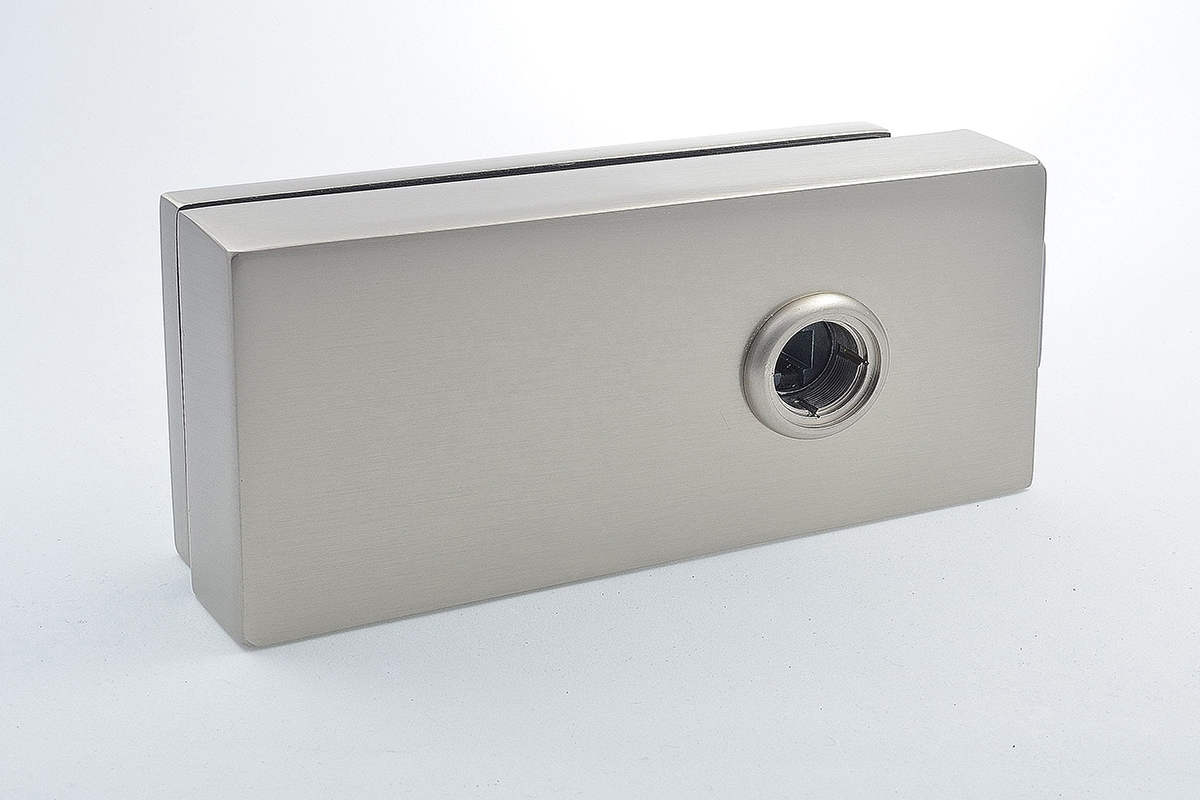 Cubo latch for glass doors