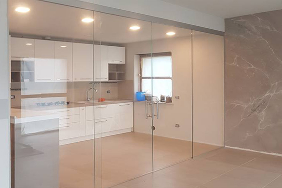 Matrix sliding glass doors over fixed panels
